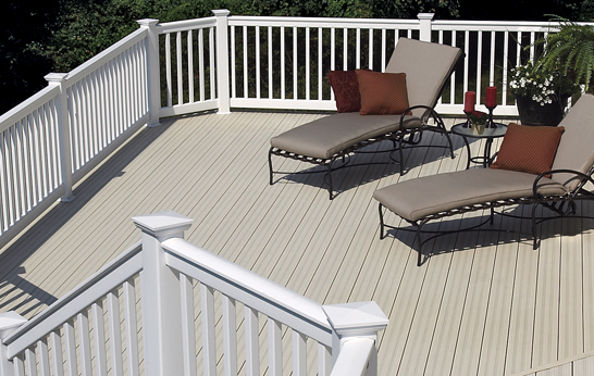 CertainTeed Whte Vinal Rail and Gray Deck